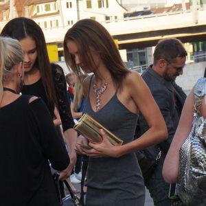 Audrey Bousquet (Siegerin 2013) mit Schwester an der Elite Model Look Switzerland 2014