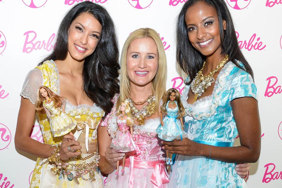 barbie-pink-fuer-das-muenchner-oktoberfest-2015-fashionpaper