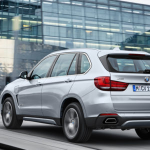 BMW X5 xDrive40e - das erste Plug-in-Hybrid-Serienautomobil