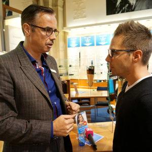 Brille anpassen - Testbericht Optiker VISILAB Brillen in Zürich