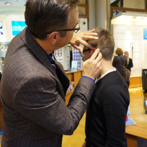 Brille richten - Testbericht Optiker VISILAB Brillen in Zürich