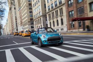 der-mini-in-new-york-mini-john-cooper-works-cabrio