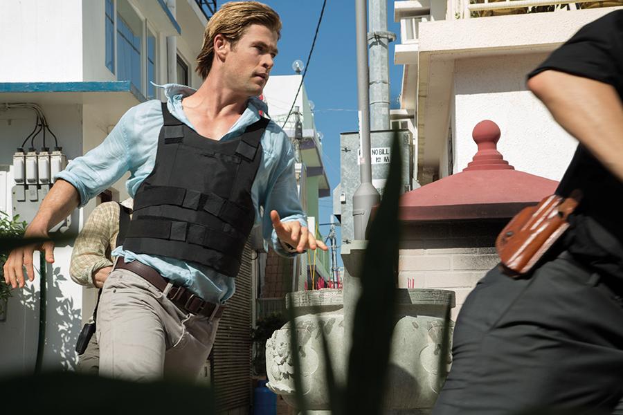 Gewinne 4 Kinotickets für «Blackhat» mit Chris Hemsworth gewinnen