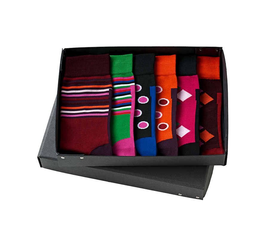 gewinnspiel blacksocks funky box two zu gewinnen fashionpaper das magazin f r fashion. Black Bedroom Furniture Sets. Home Design Ideas