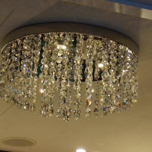 KAMEHA GRAND Zürich öffnen seine Tore Kristallleuchte