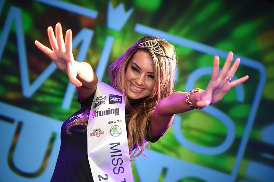 Die Miss Tuning-Krone 2014 geht an Veronika Klimovits