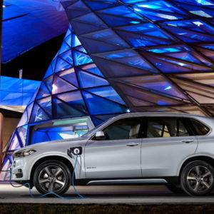 Seite - BMW X5 xDrive40e - das erste Plug-in-Hybrid-Serienautomobil